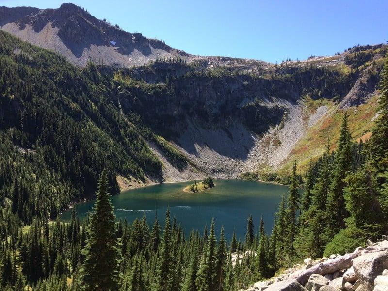Hiking around Maple Pass Trail Best Hikes in Washington State