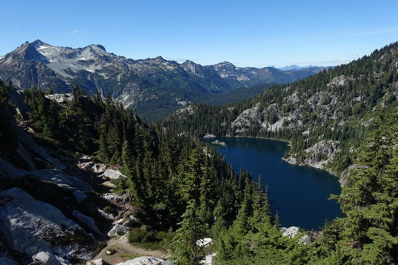 Hiking around Tuck and Robin Lakes Best Hikes in Washington State