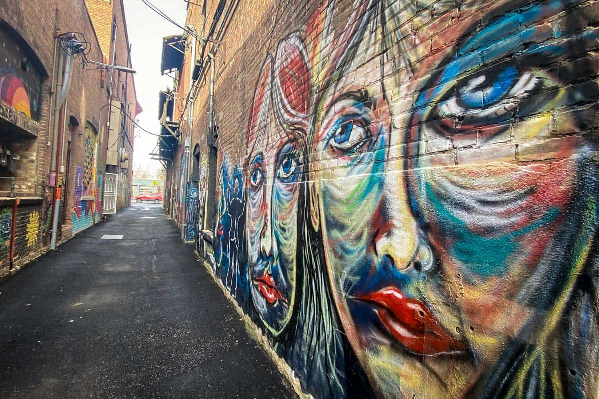Things to Do In Coeur d'Alene | Visit Sandpoint Galax Gallery street art